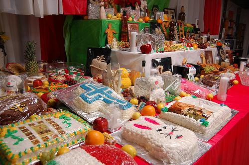 st joseph cake keeping the tradition of st joseph s day altars alive wwno 7653